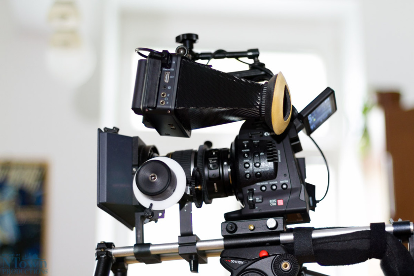 nLoupe attached to the Ninja Blade and mounted on the Canon C100.