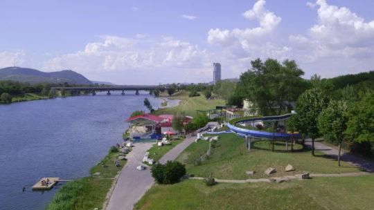 Neu Donau Waterslide 001